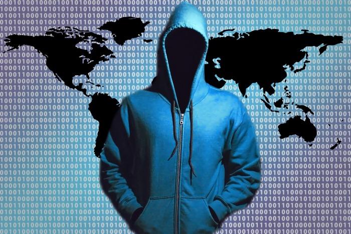 hacker-1446193_1920 (2)